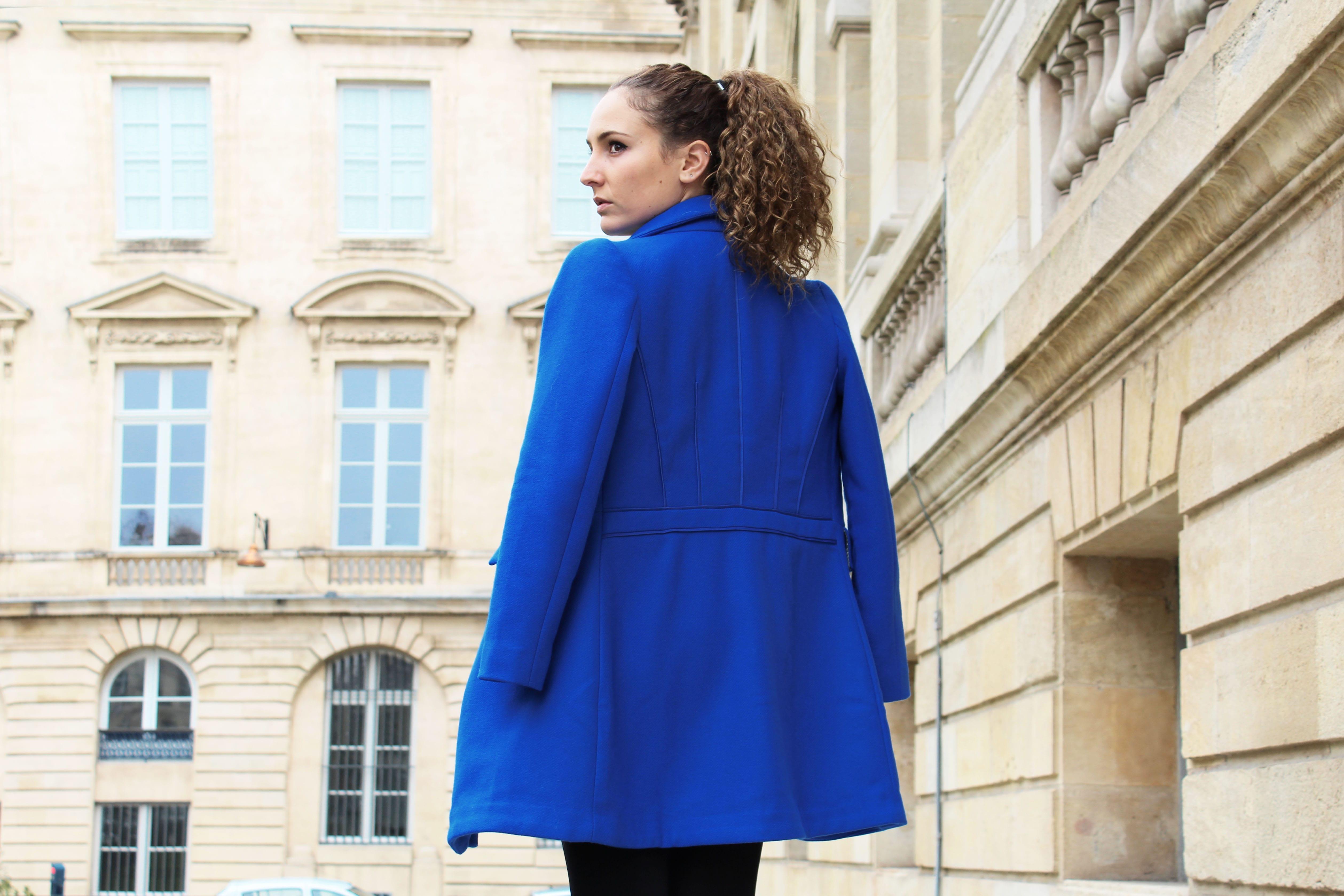 bas prix 4a493 4d050 Mode féminine : le manteau bleu électrique