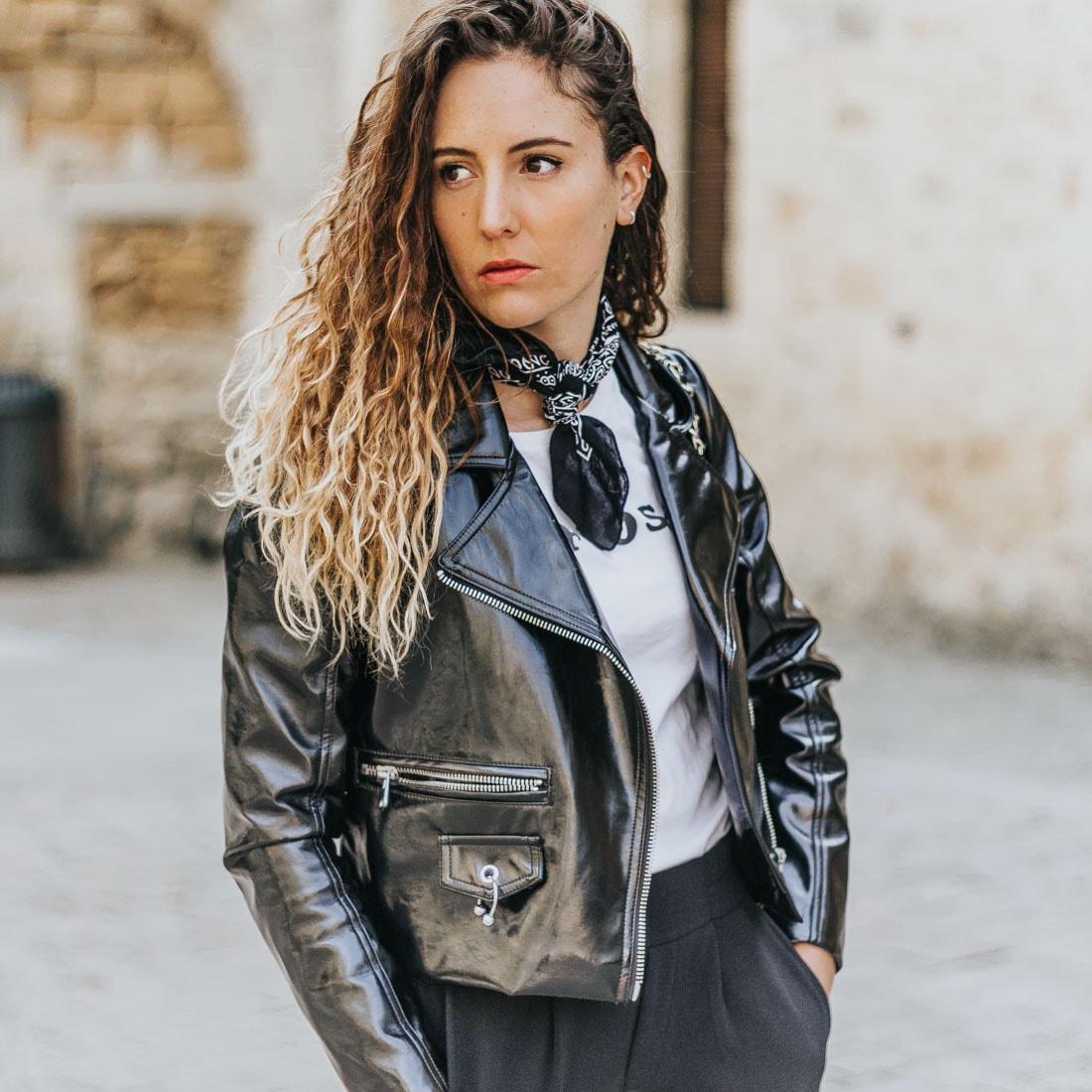 PANTALON À BANDES, PERFECTO EN VINYLE, BLOG MODE