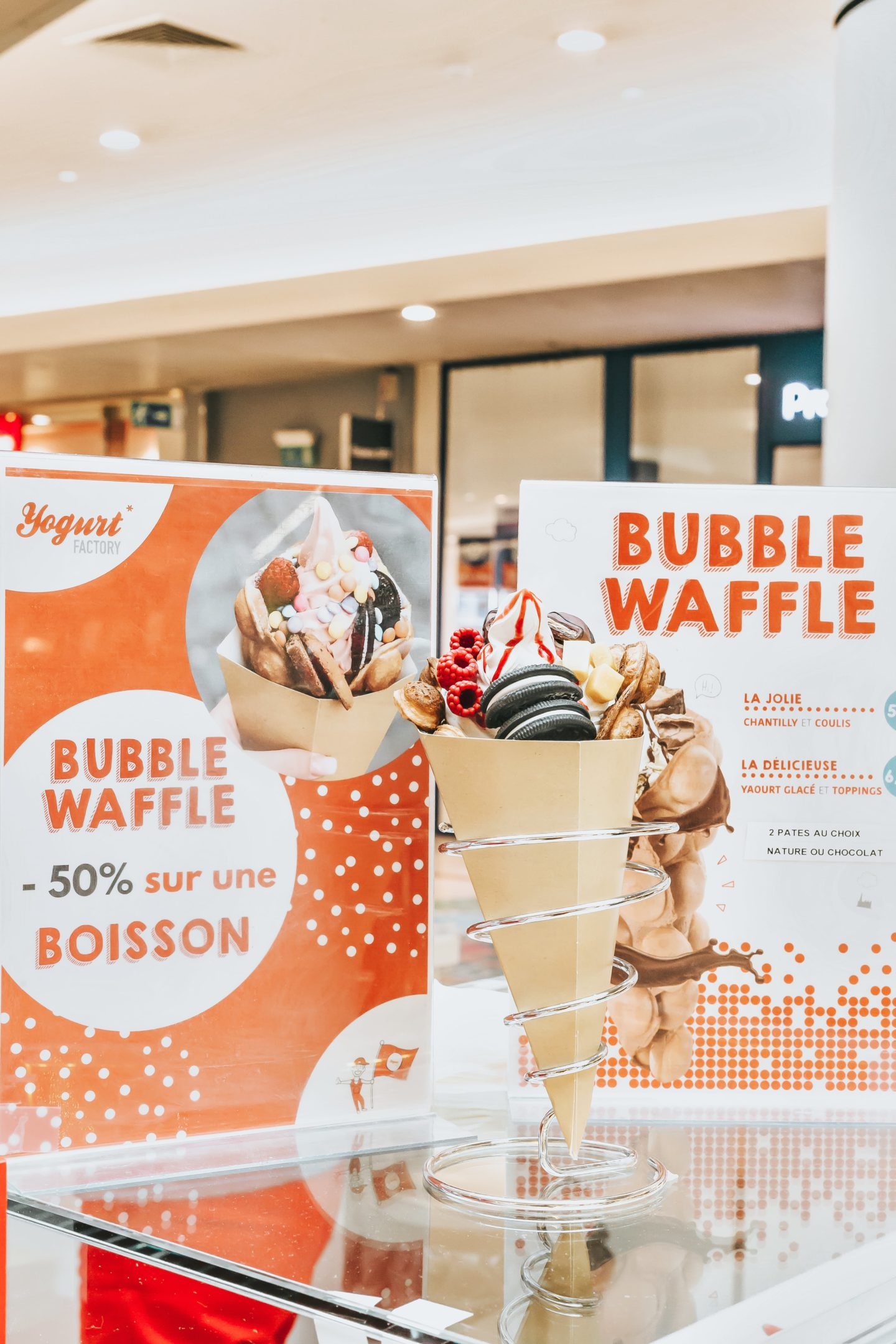 YOGURT FACTORY, YAOURT GLACÉ, BUBBLE WAFFLE, BORDEAUX