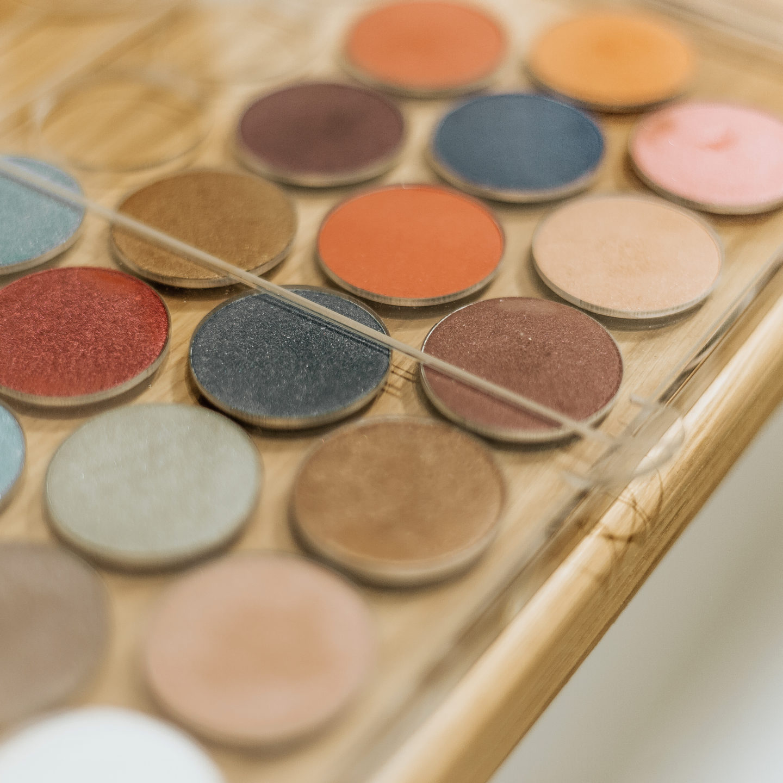 ZAO Make-up | Maquillage bio, vegan et rechargeable, le carré coiffure esthétique, Bordeaux, cours de l'yser