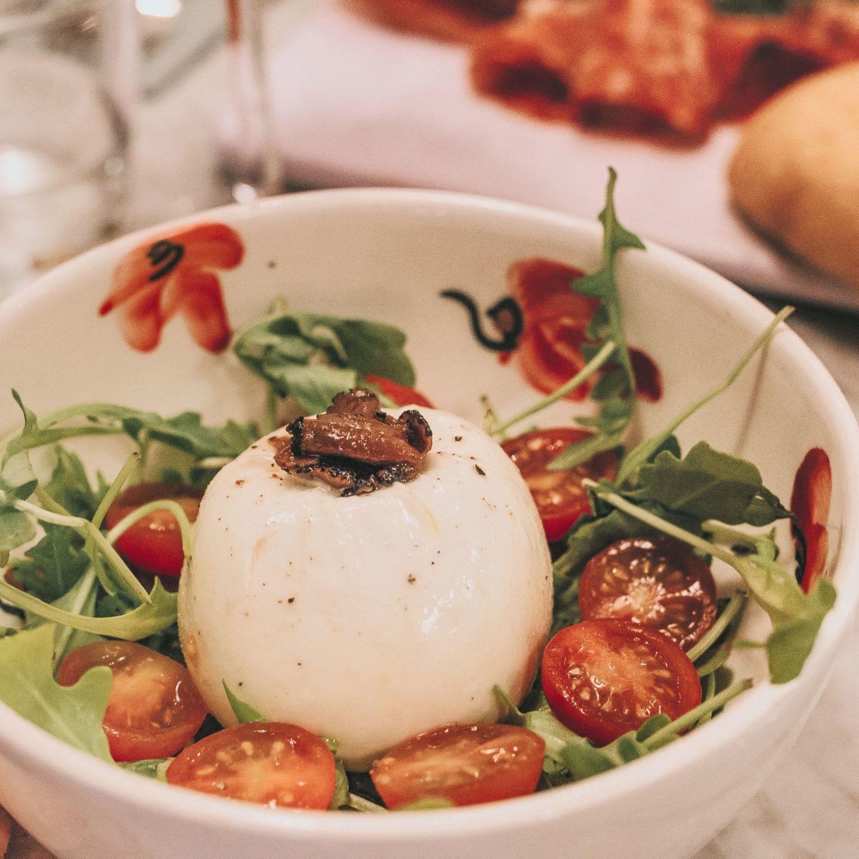 Burratina, Burrata, truffe blanche, tomates AOP, Clan des Mamma, Toulouse, Valentina.