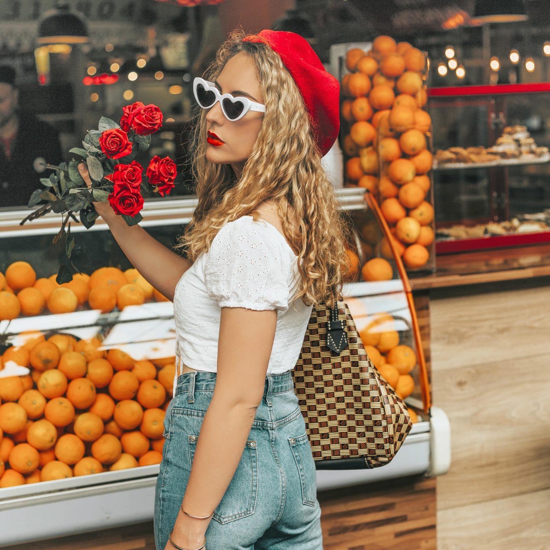 Parisian style, béret, heart sunglasses, romantique, Pull & Bear, jean Boohoo.