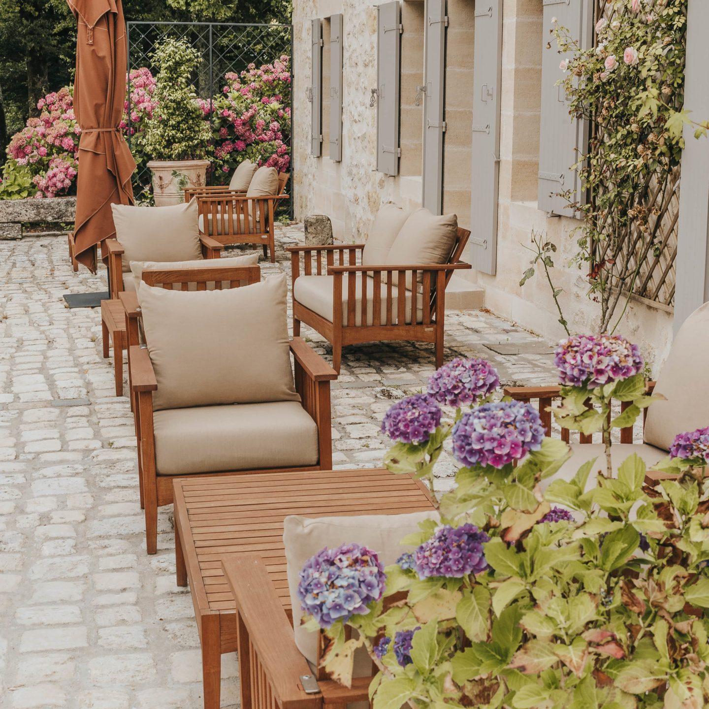 terrasse, troplong mondot, saint-émilion
