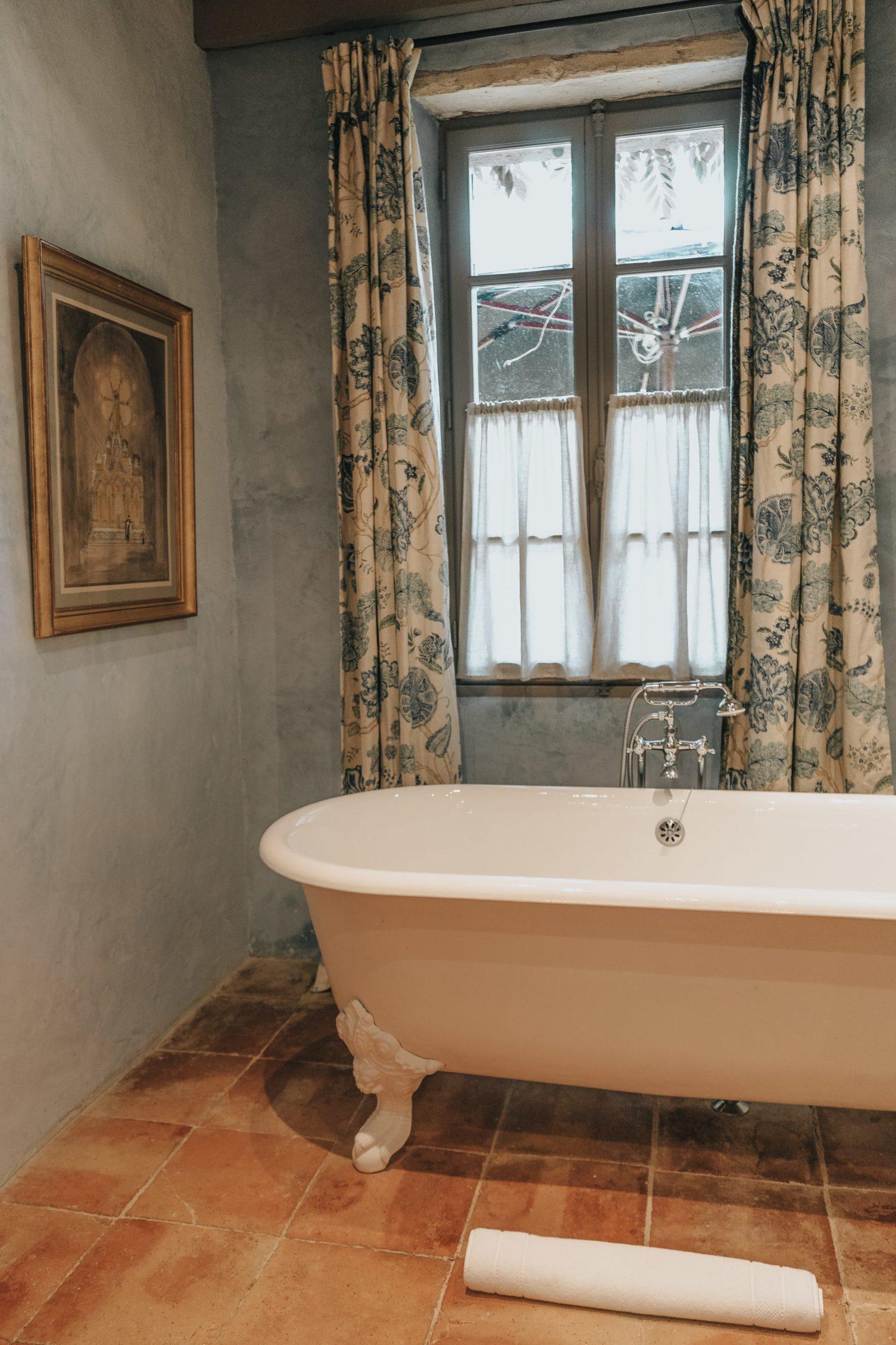 baignoire, troplong mondot, maison des vignes